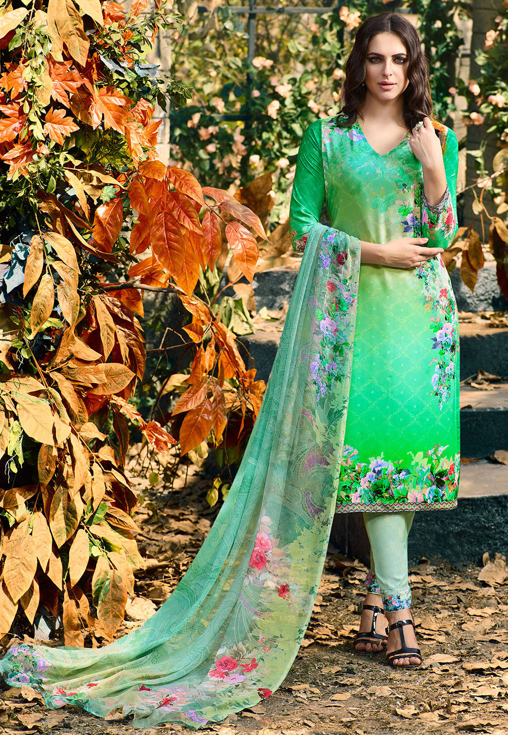 Digital Printed Crepe Pakistani Suit in Green