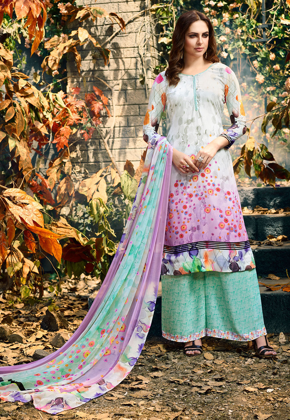Digital Printed Crepe Pakistani Suit in Light Grey and Pink