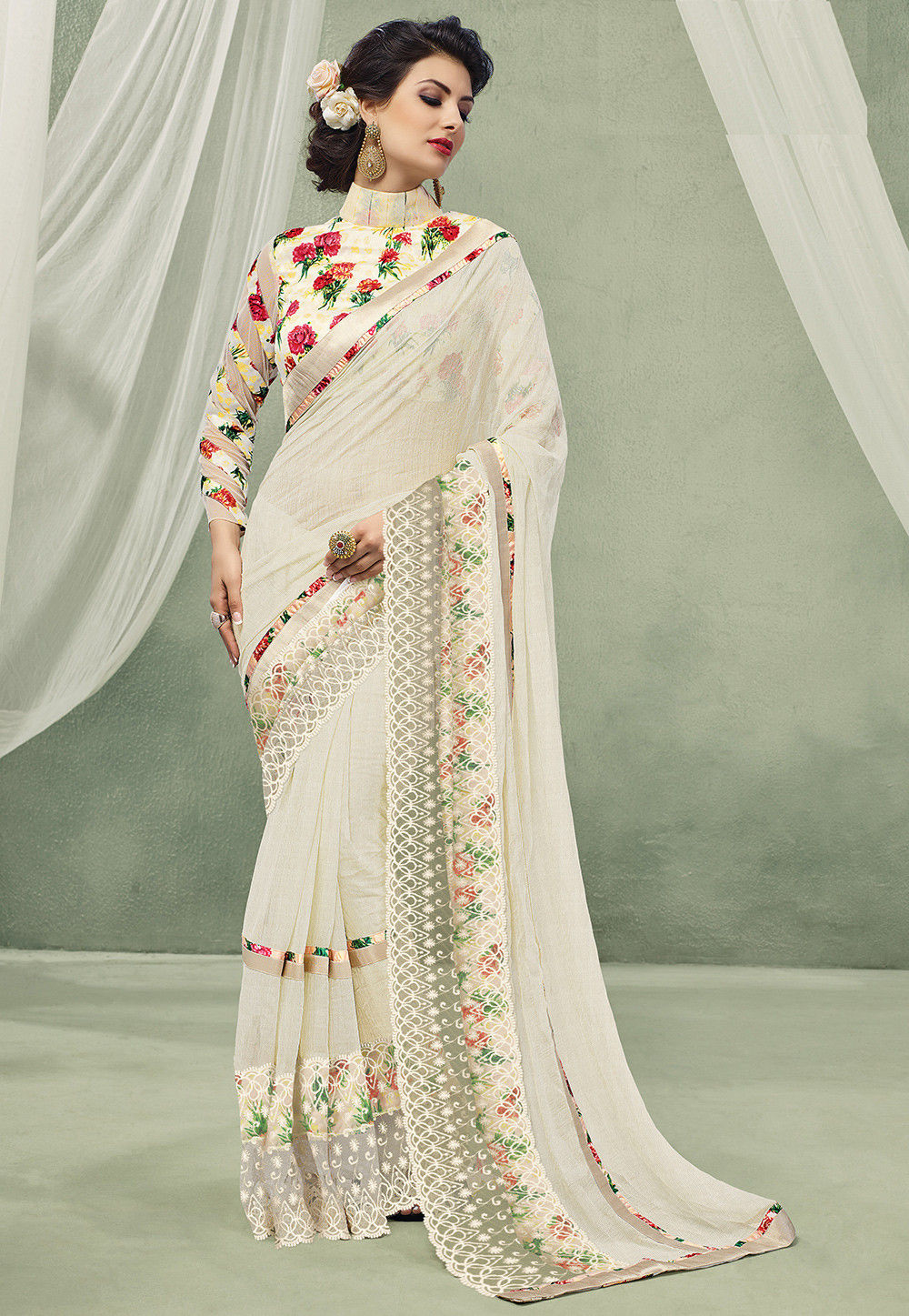 White Saree Tamanna In Veeram: Digital Printed Georgette Saree In Off White : SSF4529