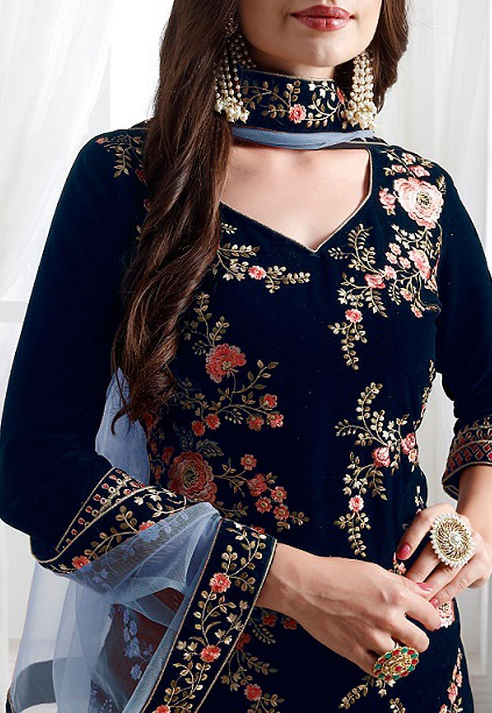 Embroidered Velvet Pakistani Suit In Navy Blue Kch4371