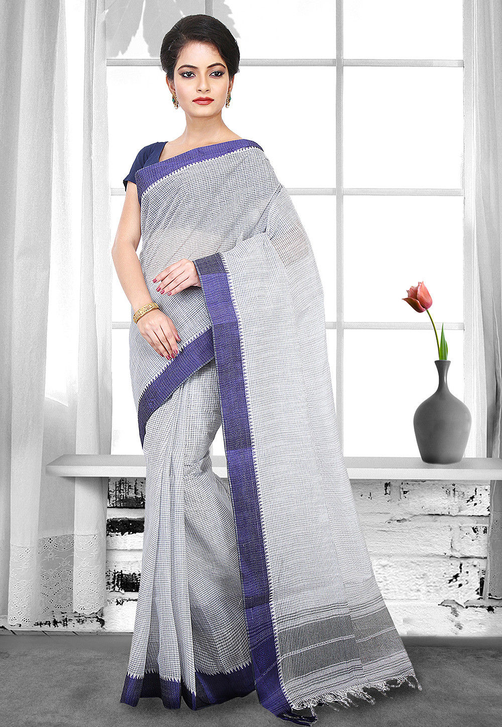 Handloom Cotton Tant Saree in Grey