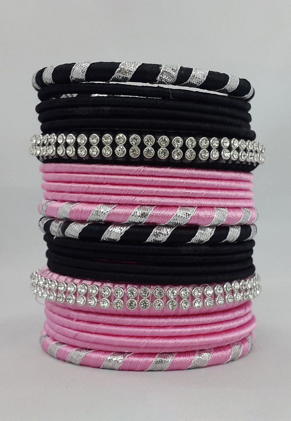 Gota Lace Bangle Set in Black and Pink