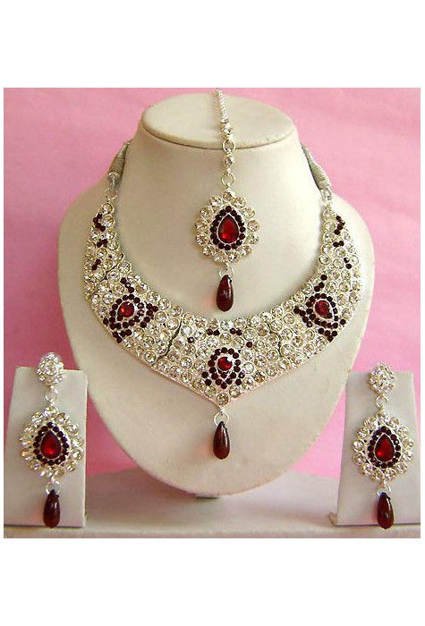 Stone Studded Necklace Set in Maroon and Off White
