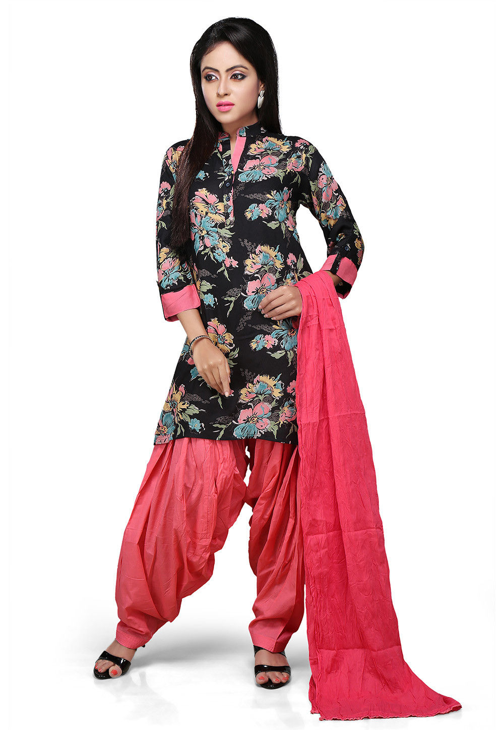 Printed Punjabi Suit in Black