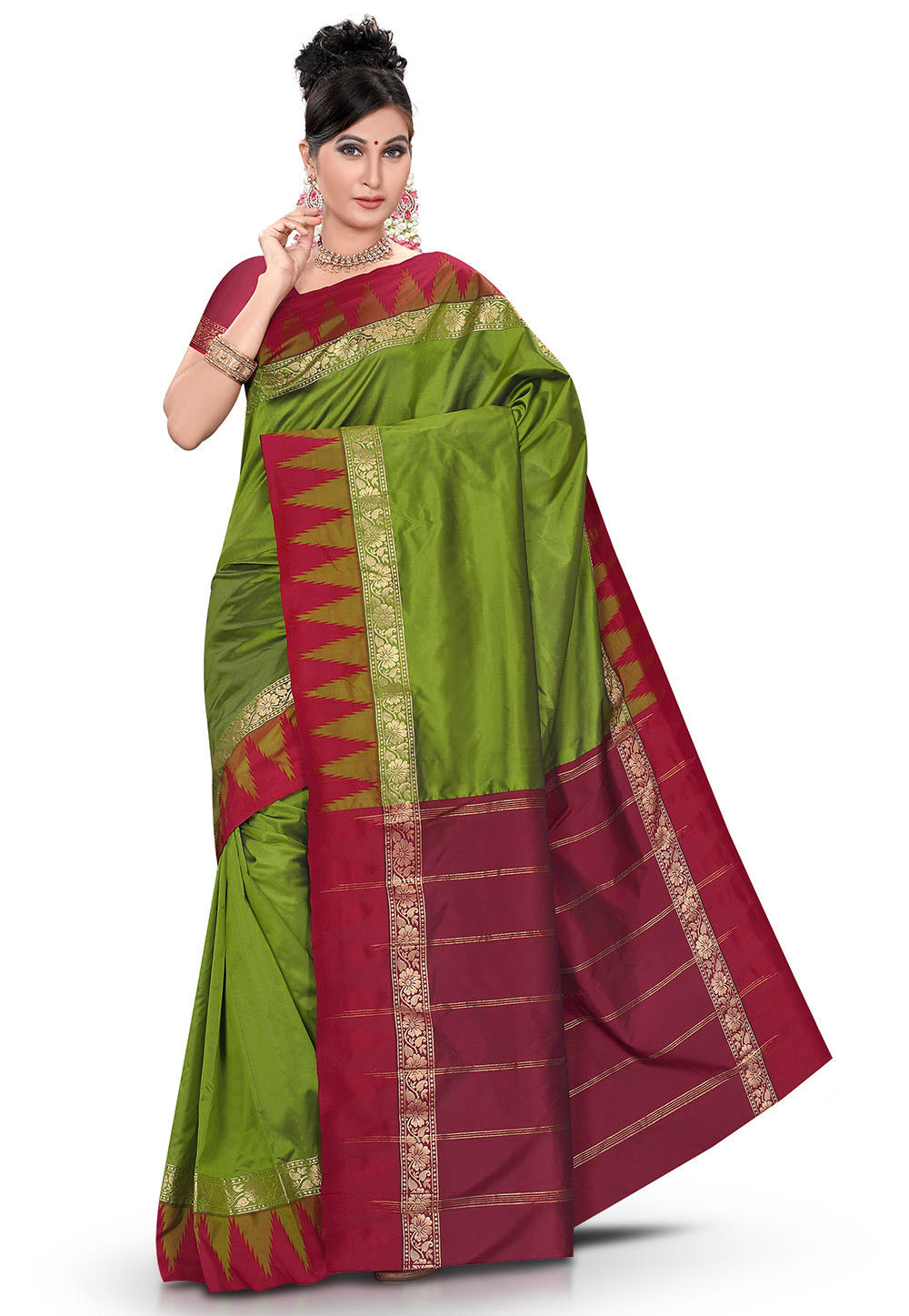 Woven Kanchipuram Saree in Green