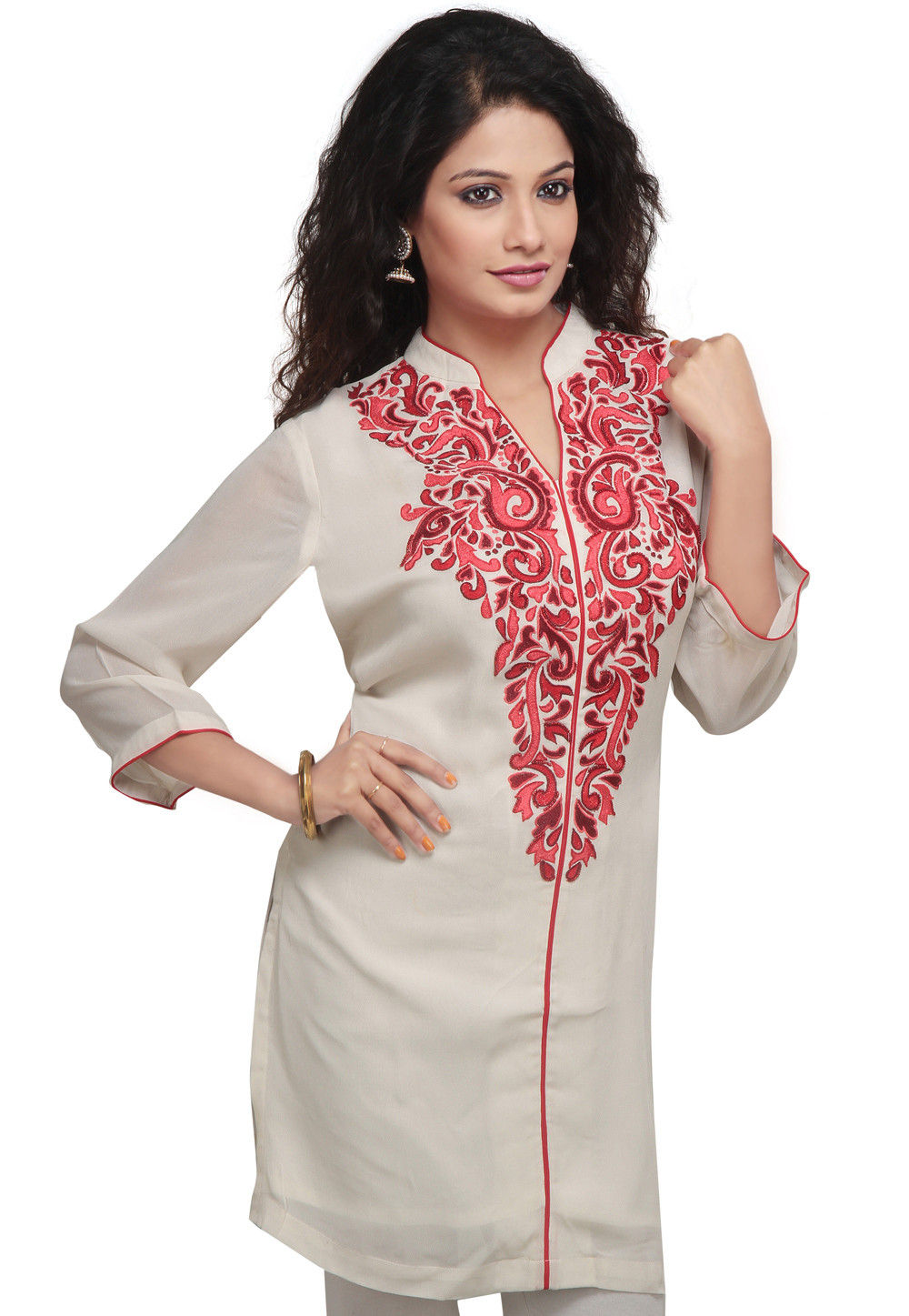 Embroidered Georgette Tunic In Off White