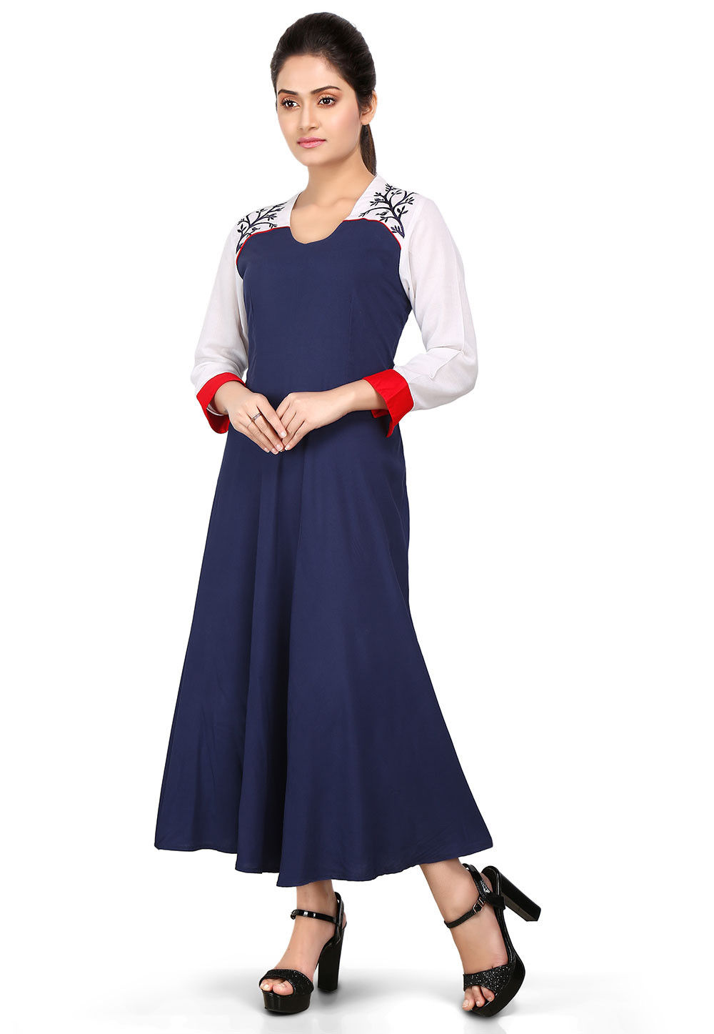 Plain Viscose Dress in White and Navy