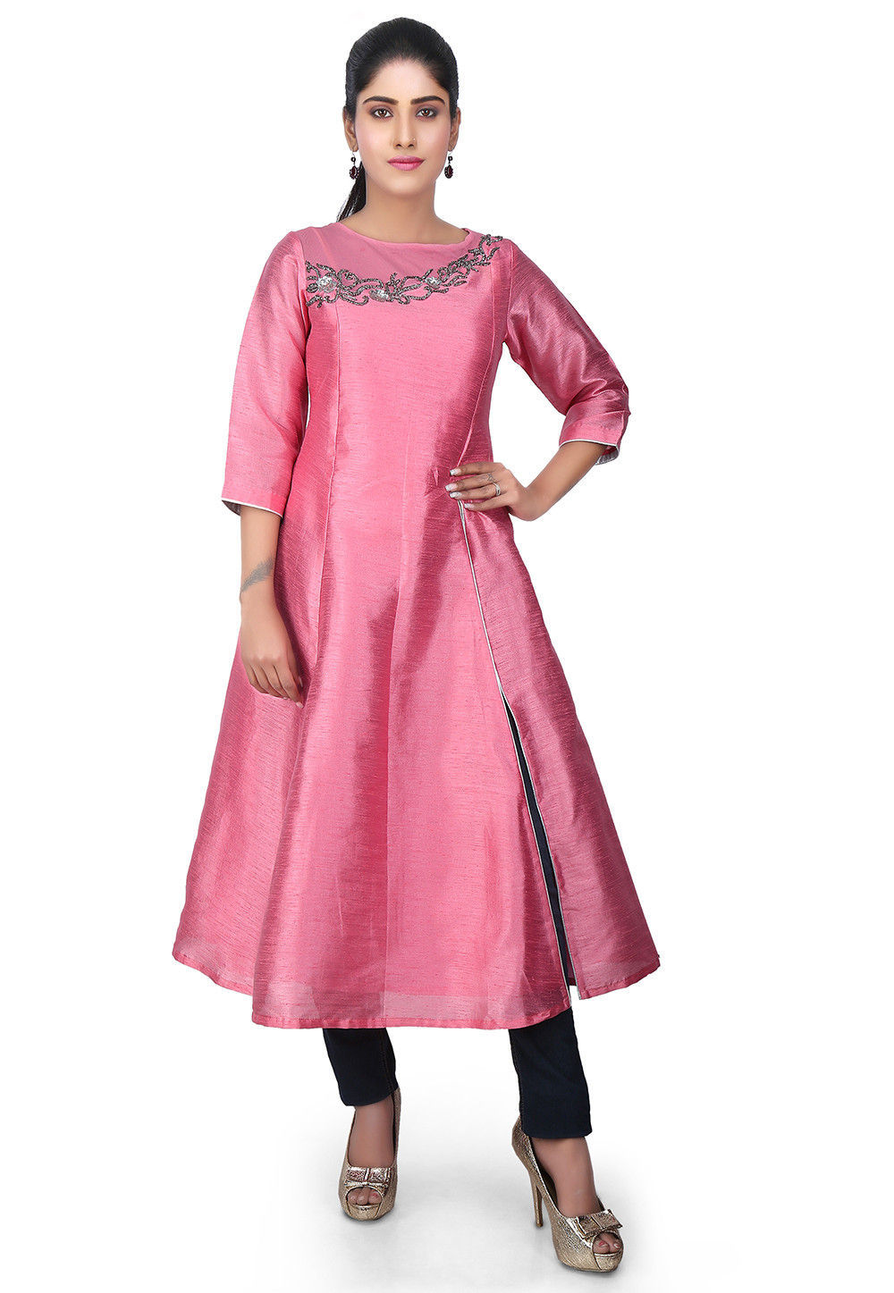 Hand Embroidered Dupion Silk Side Slit Kurta in Pink