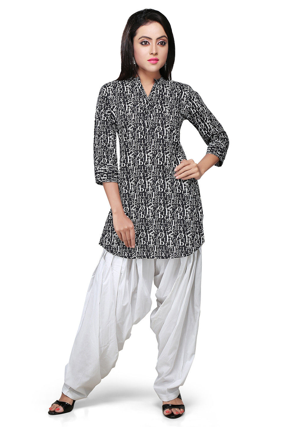 Printed Cotton Kurti In Black and White