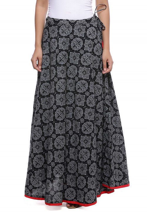 Abstract Printed Cotton Skirt in Black