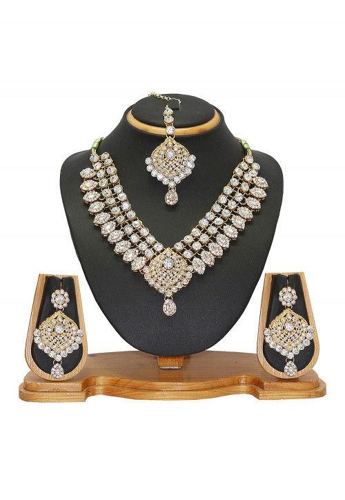 Stone Studded Necklace Set