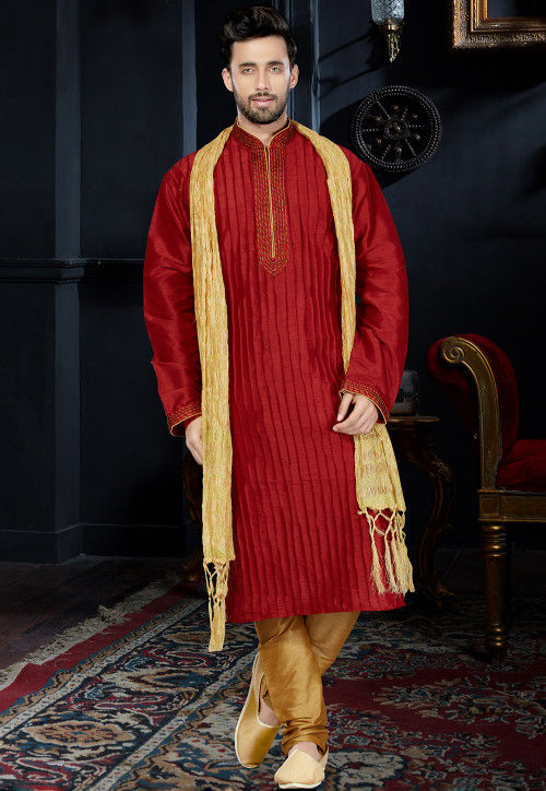 Tucked Dupion Silk Kurta Set in Maroon