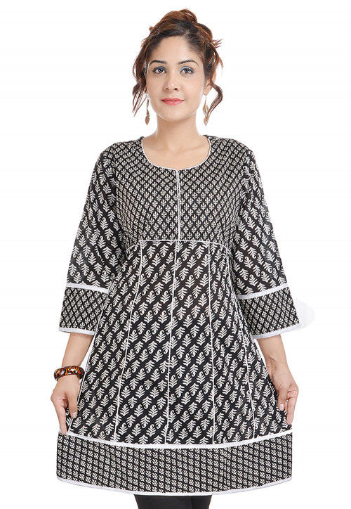 Printed Cotton A Line Kurti in Black