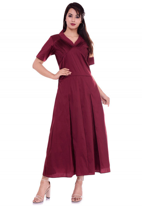Solid Color Art Silk Pleated Dress in Maroon