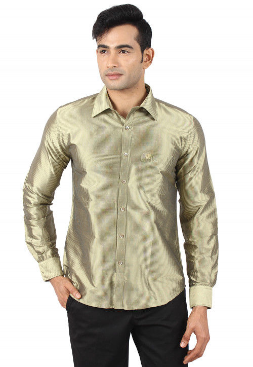 Woven Raw Silk Shirt in Pastel Green