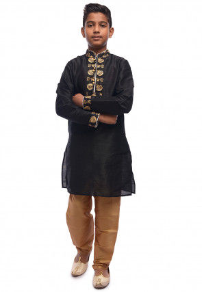 7f7c404993 Embroidered Dupion Silk Kurta Set in Black : UND604