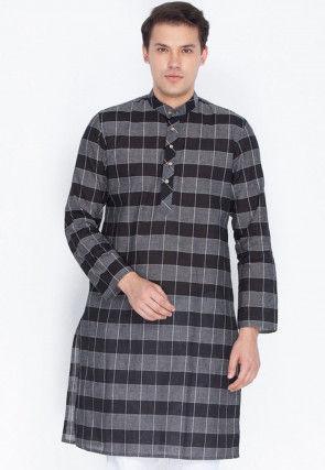 Checkered Cotton Kurta in Black and Grey