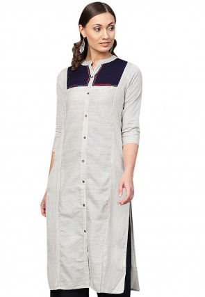Color Blocked Cotton Kurta in Off White