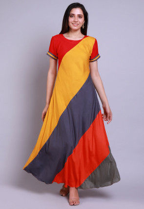 Color Blocked Rayon A Line Kurta Set in Multicolor