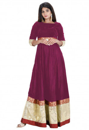 Contrast Border Velvet Flared Gown in Magenta