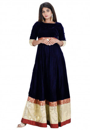 Contrast Border Velvet Flared Gown in Navy Blue