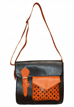 Contrast Pocket Faux Leather Handbag in Black