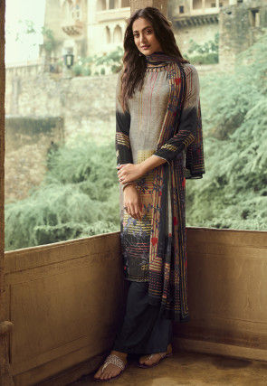 Digital Printed Crepe Pakistani Suit in Multicolor