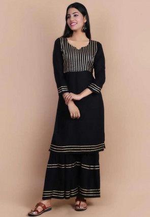 Embellished Rayon Straight Kurta in Black