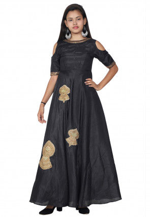 Embroidered Bhagalpuri Silk Abaya Style Kurta in Black