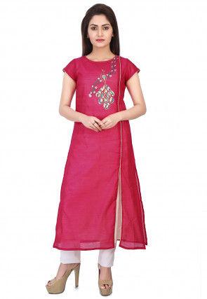 Embroidered Chanderi Silk Kurta Set in Fuchsia
