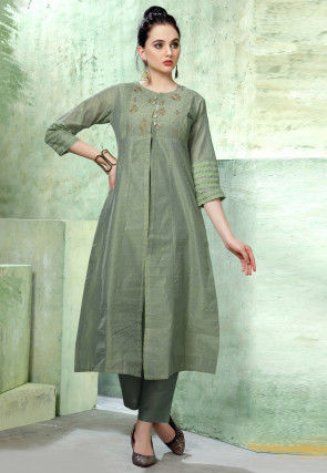 Embroidered Chanderi Silk Kurta with Pant in Light Green