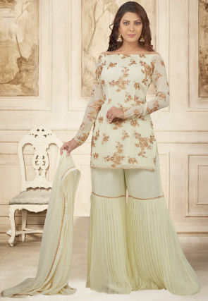 Embroidered Chiffon Pakistani Suit in Pastel Green