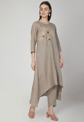 Embroidered Cotton Linen Kurta with Pant in Grey