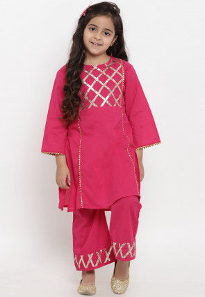 Embroidered Cotton Rayon Kurta Set in Pink