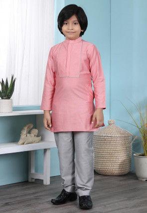 Embroidered Cotton Silk Kurta Set in Pink