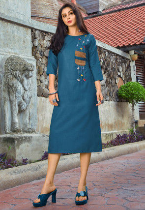 Embroidered Cotton Straight Kurta in Teal Blue