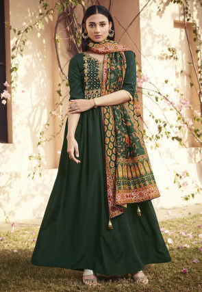 Embroidered Muslin Silk Abaya Style Suit in Green