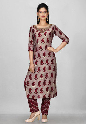 Embroidered Neck Muslin Cotton Pakistani Suit in Grey