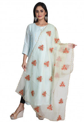 Embroidered Organza Scalloped Dupatta in Pastel Green