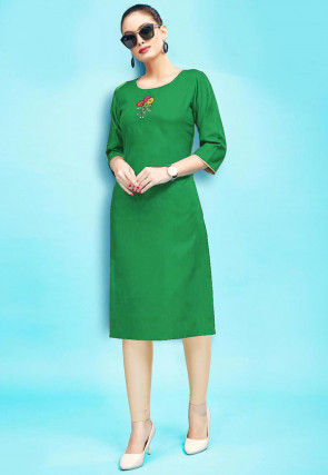 Embroidered Rayon Kurta with Leggings in Green