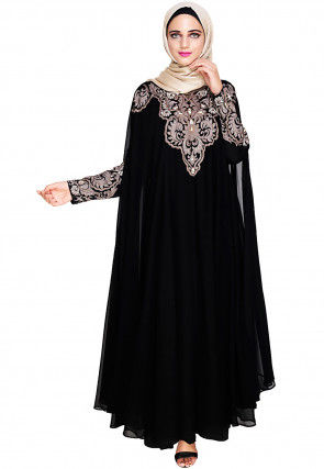 Embroidered Satin Nida Fawn Layered Closed Kaftan in Black