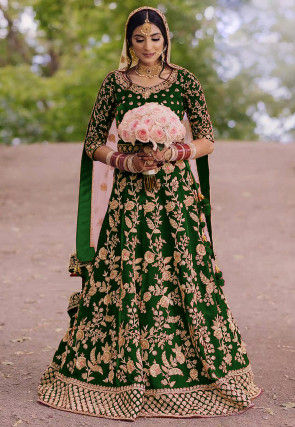Embroidered Velvet Abaya Style Suit in Green