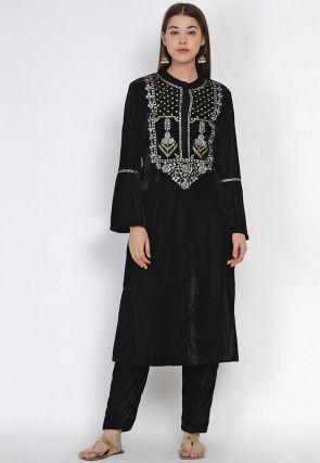 Embroidered Velvet Kurta Set in Black