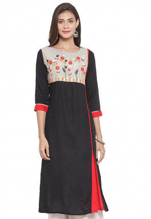 Embroidered Viscose Kurta in Black and Off White