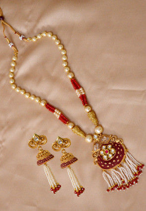 Enamel Filled Kundan Necklace Set
