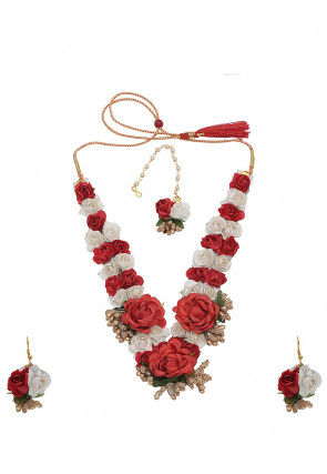 Flower Applique Necklace Set