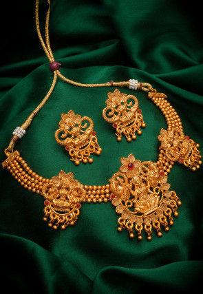 Golden Polished Polki Studded Choker Necklace Set