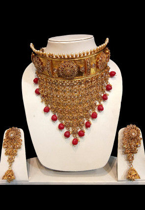 Golden Polished Stone Studded Choker Necklace Set