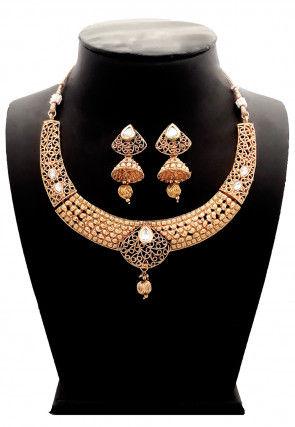 Golden Polished Stone Studded Necklace Set
