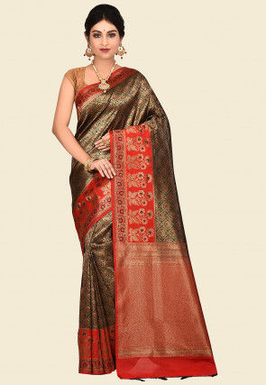 Handloom Tanchoi Silk Saree in Black and Golden